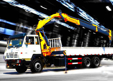 Durable 8T Knuckle Boom Truck Mounted Crane , 40 L/min Truck With Crane