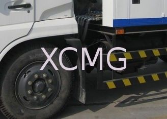 Multifunctional Special Purpose Vehicles , High Pressure Cleaning Truck For Sprinkling