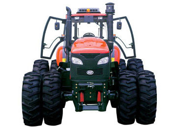 Durable High Horsepower Farm Tractor , Six Cylinder Engine Agricultural Farm Implements